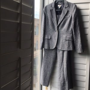 Blue white tweed Talbots pant suit